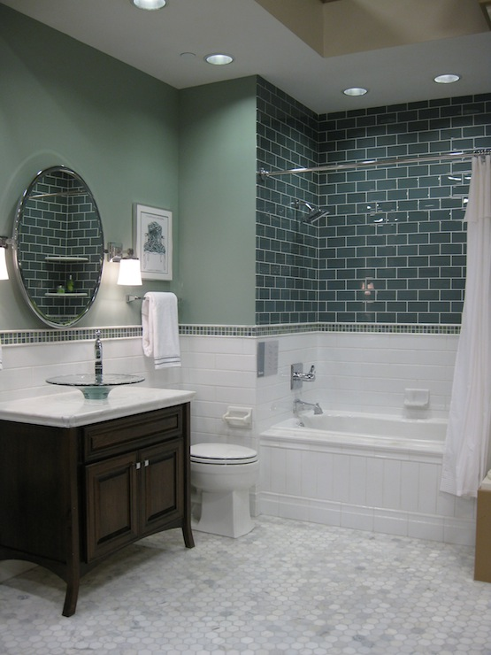 White Marble Tile Flooring Selections In Florida